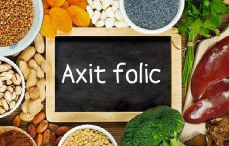 Axit folic là vi chất rất cần thiết cho sự phát triển bình thường của thai nhi
