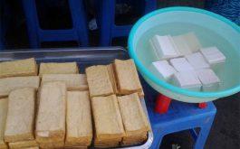 Cách phân biệt đậu phụ nguyên chất và đậu phụ thạch cao