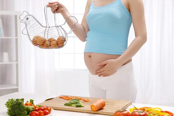 Những bài thuốc đông y dưỡng thai cho bà bầu