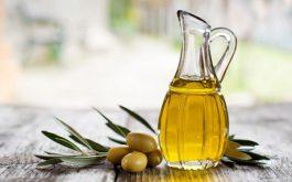 9 cách làm đẹp da từ dầu oliu