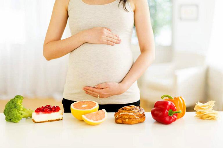 Lợi ích của việc bổ sung acid folic khi mang thai là gì?