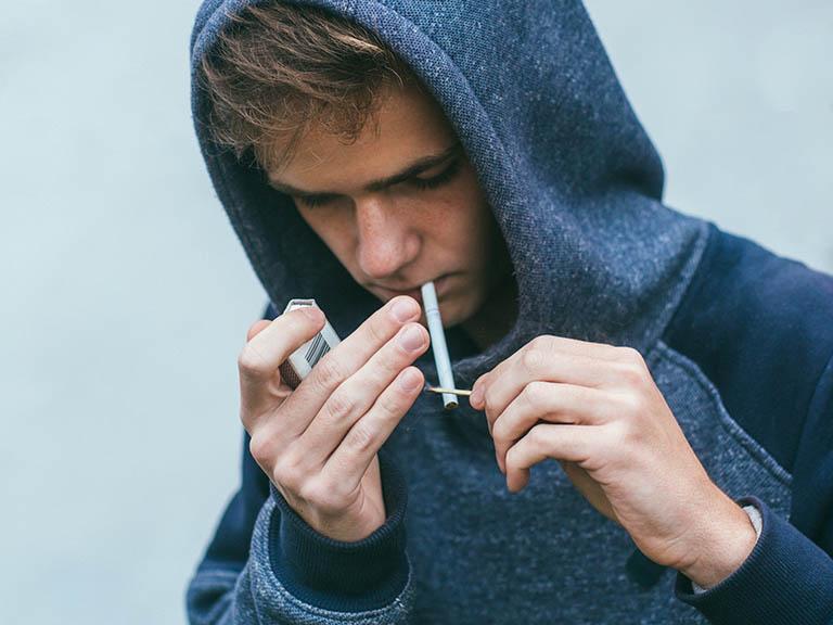 Thuốc lá là thủ phạm bí mật gây nên xuất tinh sớm ở nam giới
