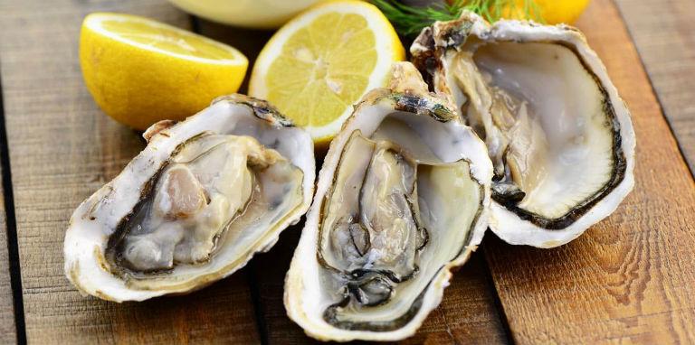 Các món ăn chế biến từ hàu giúp nam giới kéo dài cuộc yêu, sung mãn hơn ở chốn phòng the.