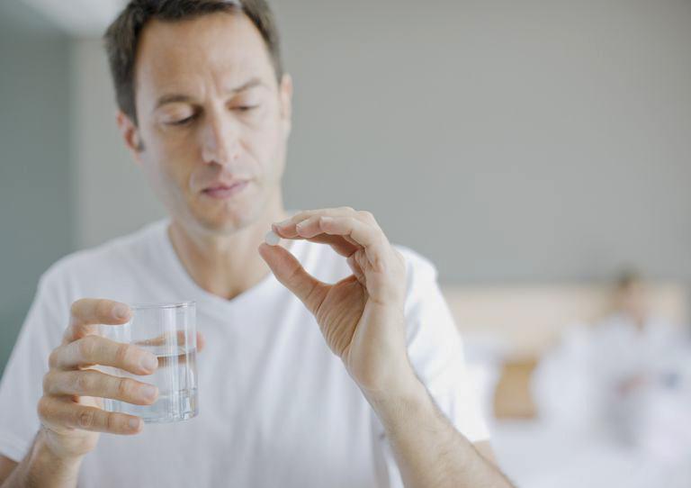Người bệnh chỉ được sử dụng thuốc theo chỉ định của bác sĩ chuyên khoa
