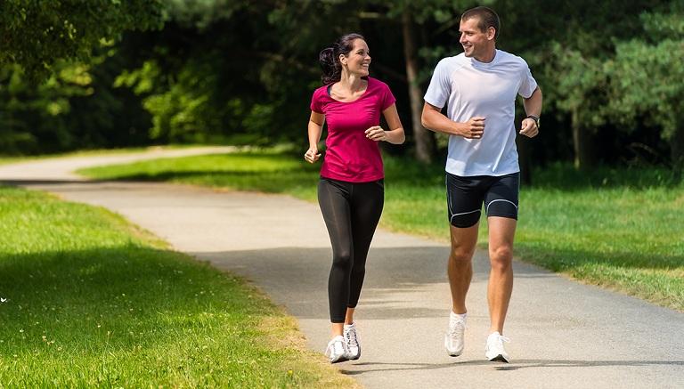 Tăng cường vận động cơ thể cũng chính biện pháp hữu ích phòng ngừa bệnh trĩ chảy máu