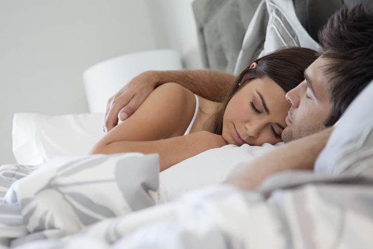 Vợ chồng không nhất thiết phải kiêng cữ quan hệ khi chồng mắc bệnh yếu sinh lý