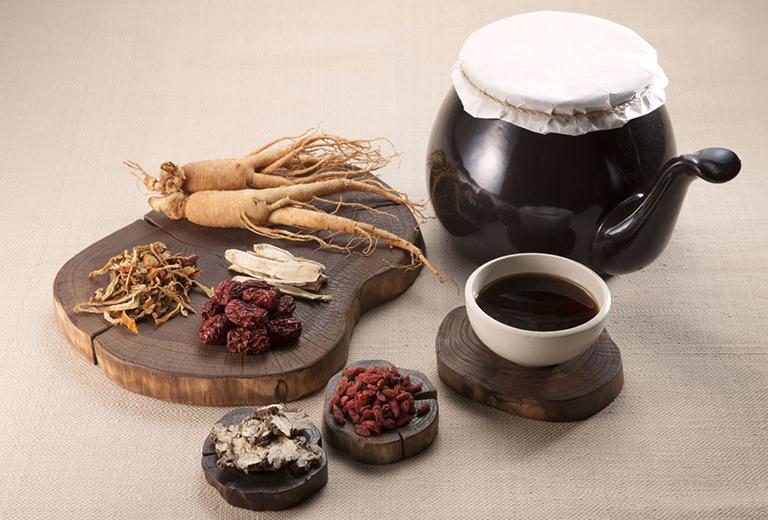 Sử dụng thuốc Đông y điều trị bệnh cần phải kiên trì mới mang lại hiệu quả tốt