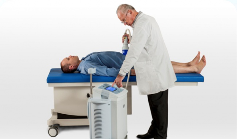Sử dụng máy điều trị rối loạn cương dương là phương pháp được ứng dụng phổ biến