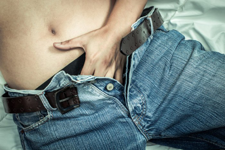Thói quen thủ dâm thường xuyên sẽ gây ảnh hưởng đến khả năng cương dương của dương vật