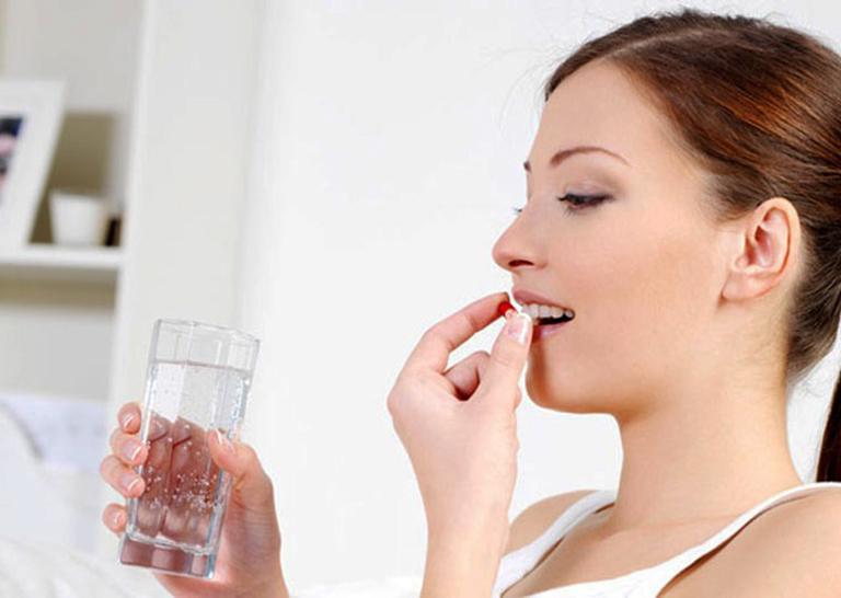 Dùng thuốc theo chỉ định của bác sĩ hoặc theo sự chỉ dẫn của nhà sản xuất