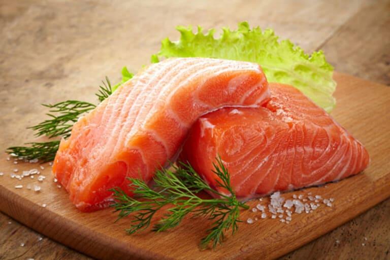 Thịt đỏ và cá hồi cải thiện xuất tinh sớm bằng cách tăng cường lưu thông máu đến dương vật
