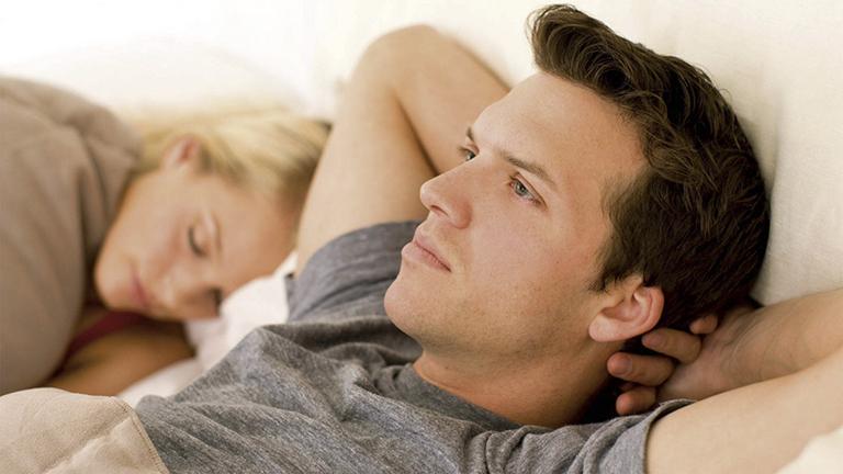 Yếu sinh lý là tình trạng xảy ra khá phổ biến ở nam giới hiện nay