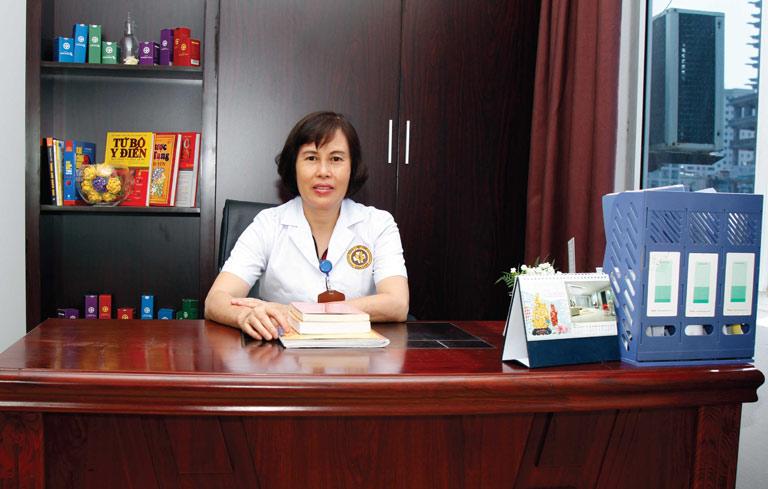 BS Hà hiện đang công tác tại Trung tâm Phụ khoa Đông y