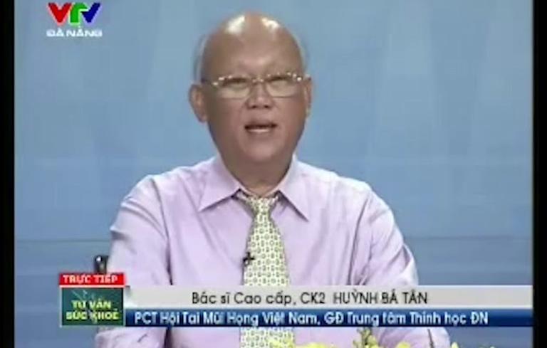 Bác sĩ Huỳnh Bá Tân