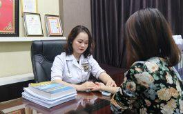 Bác sĩ Ngô Thị Hằng chữa bệnh phụ khoa mát tay cho chị em