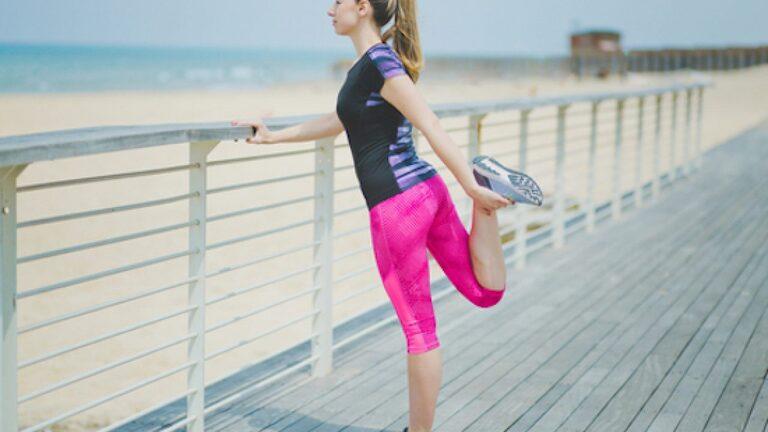 Bài tập chữa thoái hóa khớp với tư thế đứng có thể tập ở bất cứ đâu