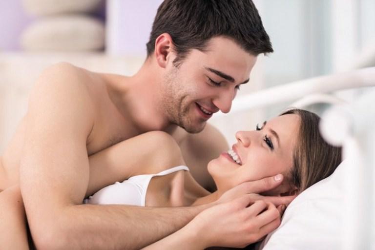 Tình dục cần sự tự nguyện của cả hai người. Nếu chưa sẵn sàng thì bạn đừng đồng ý