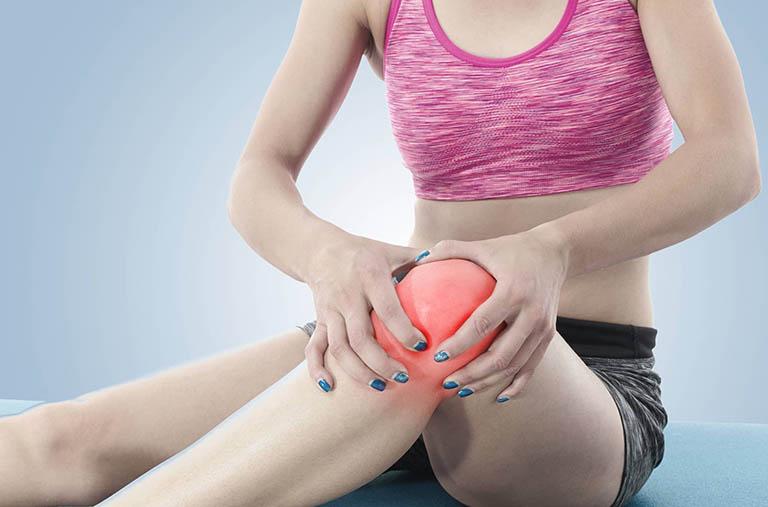 Người bị thoái hóa khớp gối khi tập yoga cần lưu ý những gì?