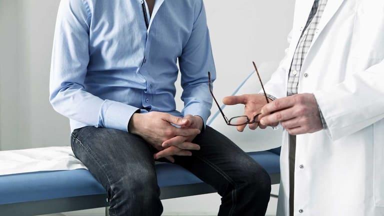 Khá nhiều người băn khoăn rằng bệnh trĩ có gây ung thư không vì dấu hiệu bệnh khá giống nhau
