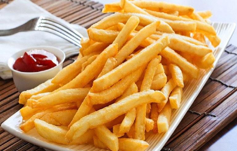 Ăn đồ ăn nhiều chất béo chỉ khiến cho tình trạng nấm âm đạo thêm nghiêm trọng