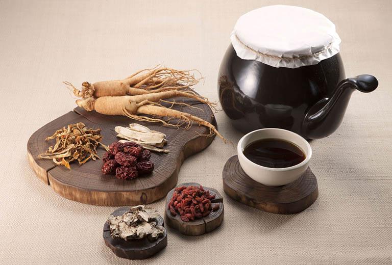 Điều trị thoái hóa khớp gối bằng bài thuốc Đông y