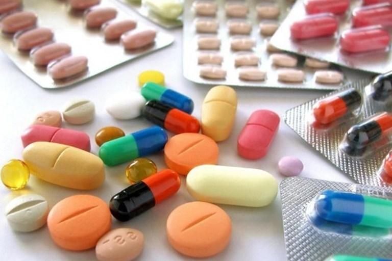 Đa số các trường hợp bị thoát vị đĩa đệm đều tự tìm đến các loại thuốc giảm đau. Tuy nhiên không nhiều người hiểu rõ đặc tính các loại thuốc này