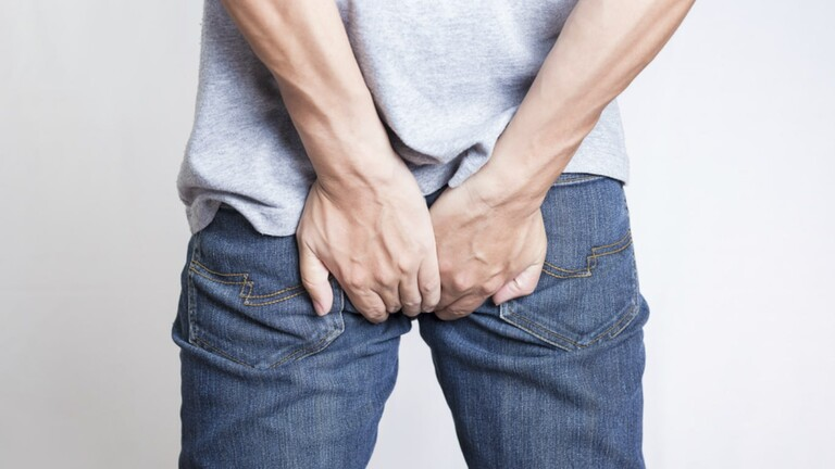 Dấu hiệu thường gặp của bệnh trĩ là đại tiện ra máu. Tuy nhiên đa số các trường hợp bị trĩ nội giai đoạn đầu không có dấu hiệu rõ ràng