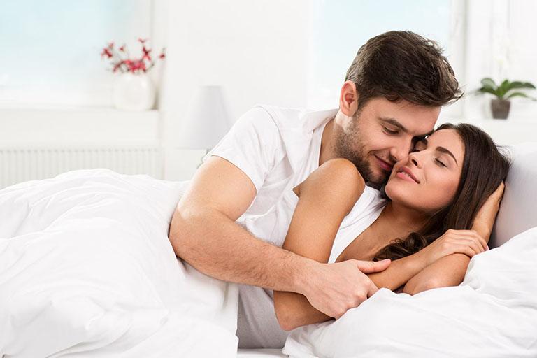 Phụ nữ có những điểm nhạy cảm mà đàn ông nên kích thích trước khi vào cuộc