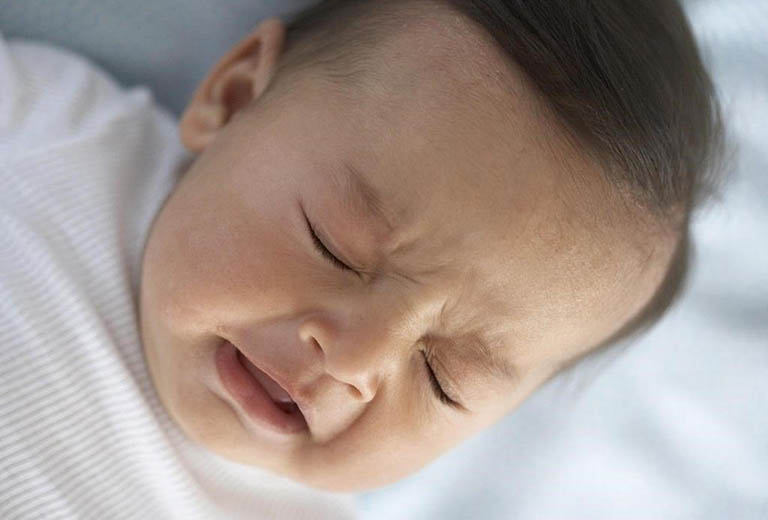 7 Cách trị ho cho trẻ sơ sinh an toàn không dùng thuốc