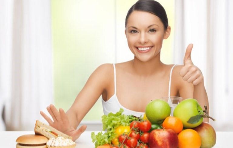 Chế độ ăn uống sinh hoạt phù hợp
