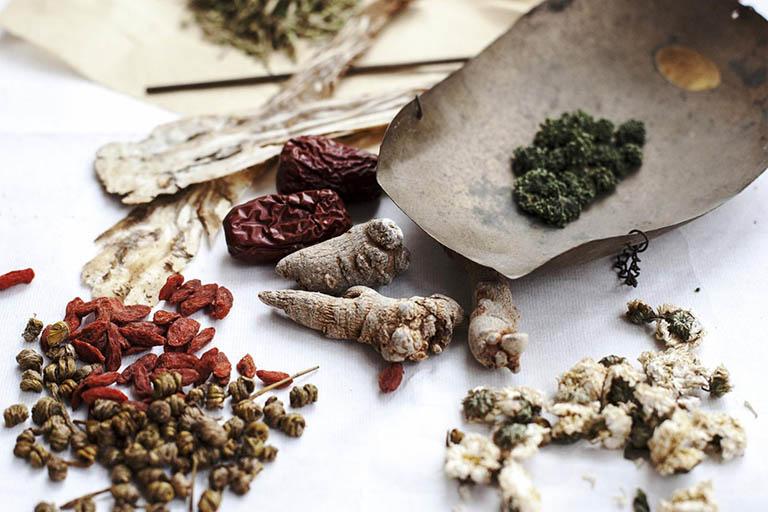 Thành phần có trong bài thuốc chữa trĩ của người H'Mông đều là những dược liệu quý