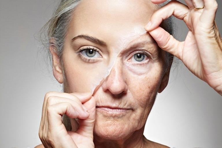 Một trong những công dụng ích người biết đến của vitamin C đó là hạn chế lão hóa da