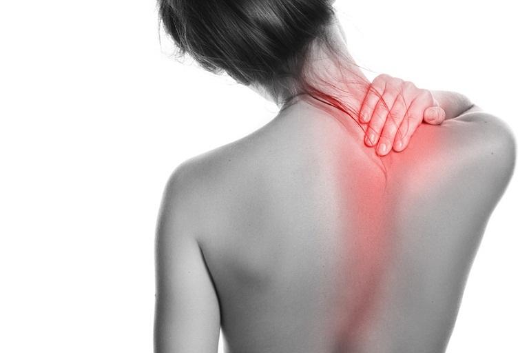 Đau vai gáy là hiện tượng dễ gặp, cảnh báo bạn đang gặp vấn đề về sức khỏe