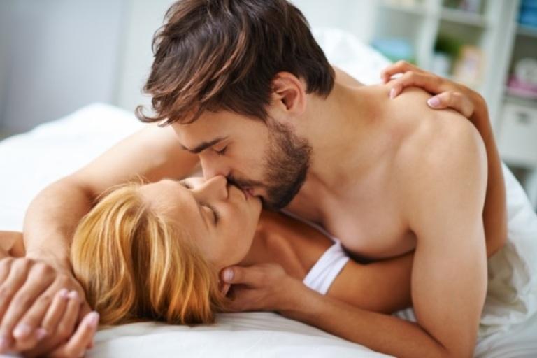 Ham muốn tình dục là vấn đề sinh lý bình thường của cả nam và nữ khi gần gũi người khác giới