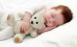 Có nhiều mẹo nhỏ chữa ho về đêm cho bé có giấc ngủ ngon mà không cần dùng đến thuốc tân dược