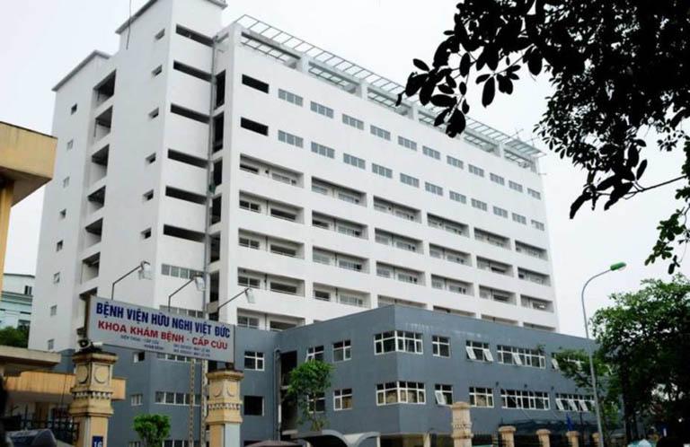 Bệnh viện Hữu Nghị Việt Đức luôn chú trọng đến việc xây dựng đội ngũ nhân, đội ngũ bác sĩ có trình độ chuyên môn khám, luôn tận tâm trong nghề