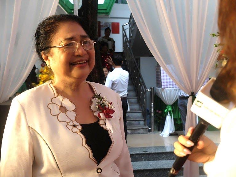 Nghệ sĩ Kim Xuyến - Một bệnh nhân cũ của bệnh viện Quân dân 102