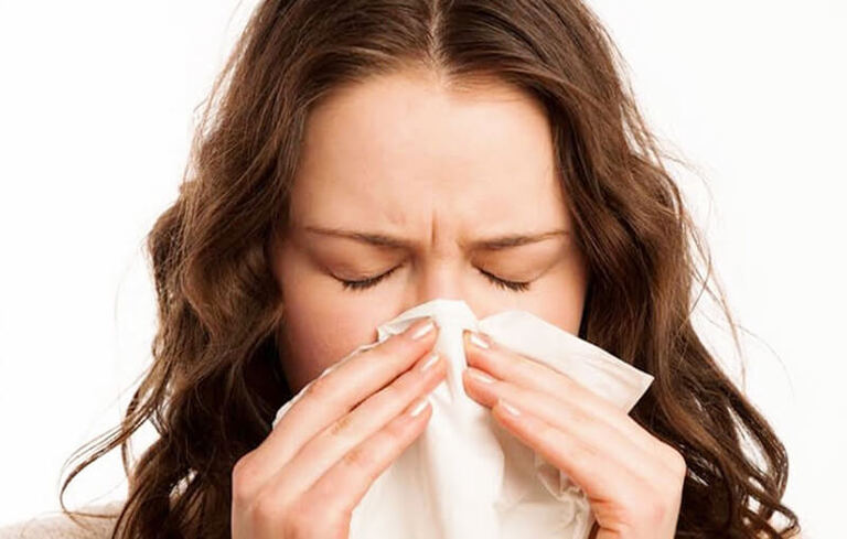 Nghẹt mũi là triệu chứng viêm xoang điển hình