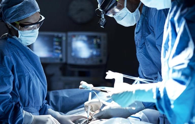 Phẫu thuật điều trị viêm xoang