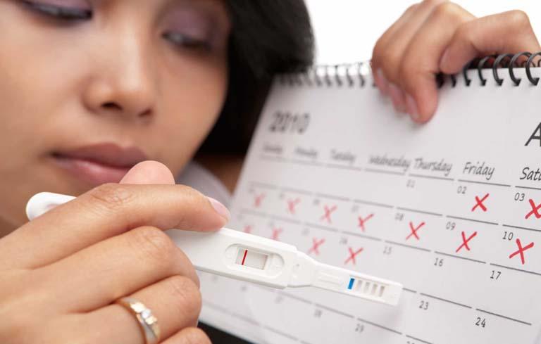 Rối loạn kinh nguyệt là một triệu chứng của buồng trứng đa nang