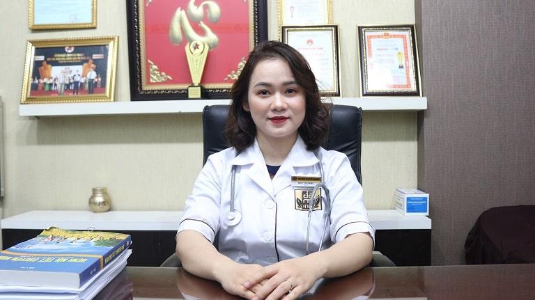 Bs Hằng khám chữa, tư vấn bệnh phụ khoa taị nhà thuốc Đỗ Minh Đường