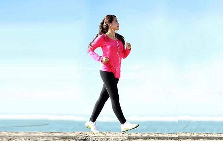 Tăng cường luyện tập thể dục có tác dụng rất tốt đến quá trình điều trị bệnh trĩ ngoại độ 1