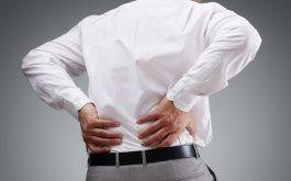 Thoái hóa cột sống thắt lưng là bệnh xương khớp phổ biến