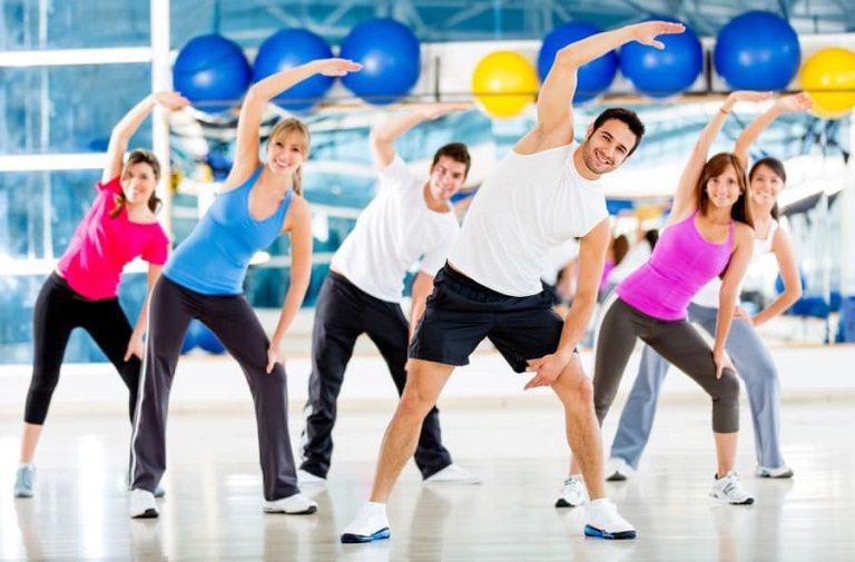 Thường xuyên luyện tập thể dục để giúp các khớp vận động linh hoạt, tránh thoát vị đĩa đệm