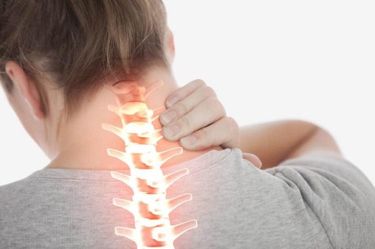 Thoát vị đĩa đệm cột sống cổ là bệnh xương khớp phổ biến, gây khó chịu cho người bệnh
