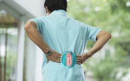 Thoát vị đĩa đệm cột sống thắt lưng gây đau nhức, ảnh hưởng đến vận động và sinh hoạt của người bệnh