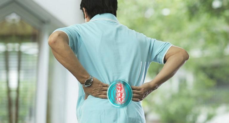 Thoát vị đĩa đệm là căn bệnh về xương khớp nguy hiểm, gây ra nhiều biến chứng khôn lường.