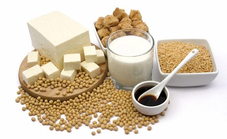 Đậu nanh và chế phẩm từ đâu nành chứa rất nhiều dưỡng chất tốt cho hệ xương khớp