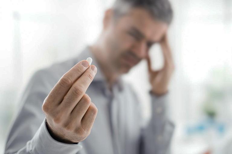 Các cánh mày râu cần thận trọng khi sử dụng thuốc tăng cường sinh lý nam giới tạm thời