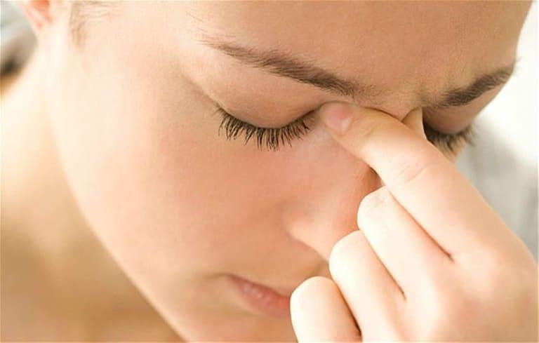 Viêm xoang trán là bệnh thường gặp trong các dạng viêm xoang